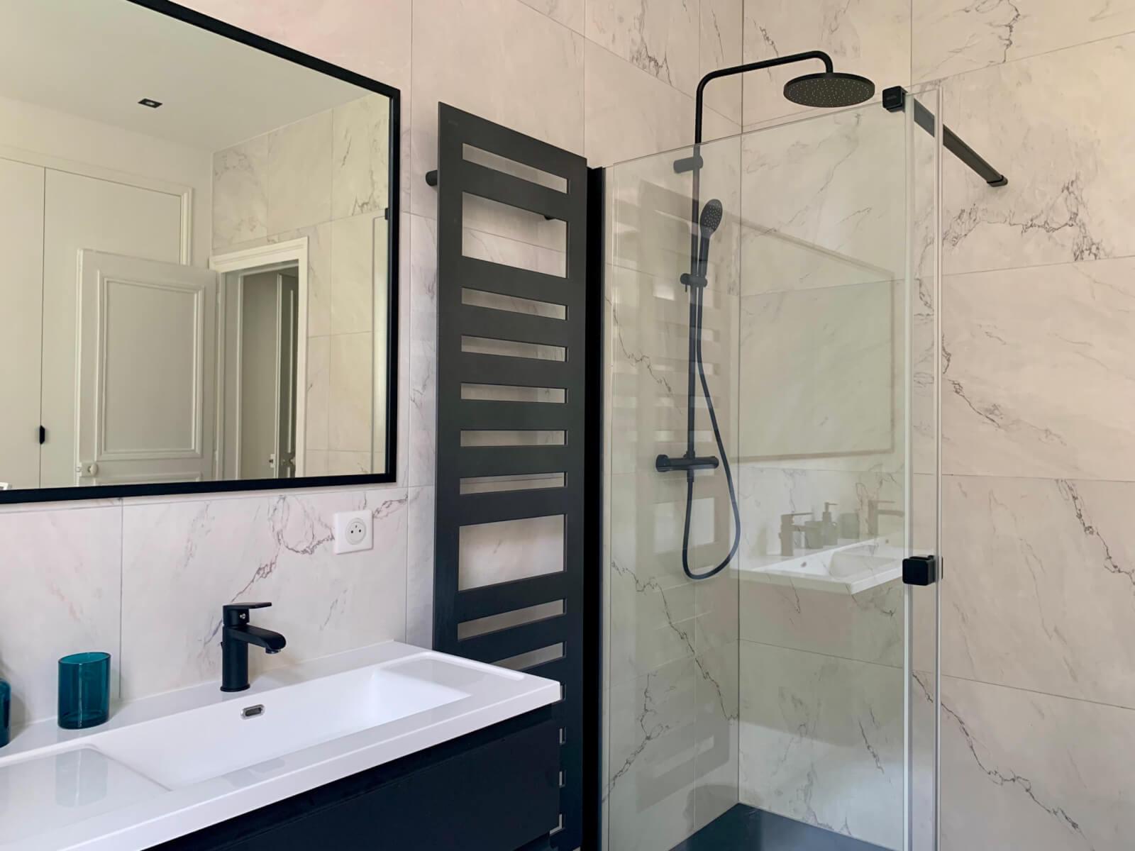 Trabeco Lorraine La salle de bain moderne, lumineuse et design